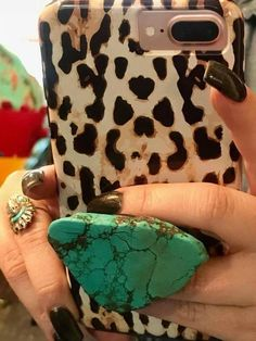 Don't be left behind on this New Trend. The Turquoise slab pop socket is here! They give your phone a little bling while being useful . Prom Jewelry, Jewelry Necklaces, Dress Jewellery, Cross Necklaces, Chunky Necklaces, Opal Jewelry, Cheap Jewelry, Fashion Jewellery, Unique Necklaces