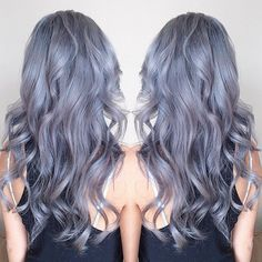 Women Are Choosing To Dye Their Hair Grey For The 'Granny Hair' Trend (Photos)