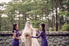 Sisters of the Bride | Moments | Baguio Wedding | BEnjie Tiongco Photography | www.benjietiongco.com
