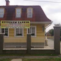 207 hotels in Debrecen, Hongarije. Hotels, Mansions, House Styles, Outdoor Decor, Home Decor, Decoration Home, Room Decor, Villas, Interior Design