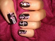 Pink black jewelery nails