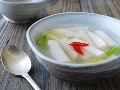 Quick Dongchimi (Quick Radish Water Kimchi) | Korean Food Gallery – Discover Korean Food Recipes and Inspiring Food Photos