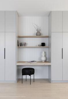 Desk Nook, Office Nook, Home Office Space, Home Office Design, Home Interior Design, House Design, Bedroom Built In Wardrobe, Wardrobes For Bedrooms, Closet Built Ins