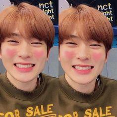 Boyfriend material : Jung Jaehyun💕 Look at that precious smile:( and those peachy cheeks asdfggjklgp Nct 127, Jaehyun Nct, Winwin, Jooheon, Taeyong, Valentines For Boys, Jung Yoon, Jung Jaehyun, Notebooks
