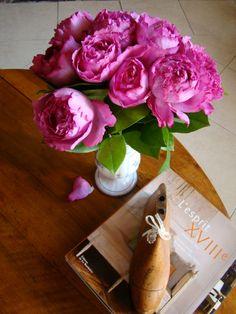 Roses Yves Piaget  www.parfumflowercompany.com