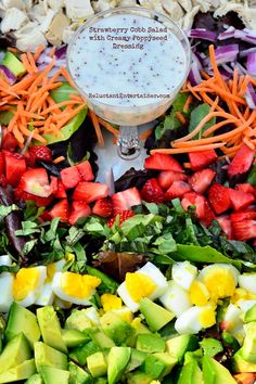 Strawberry Cobb Salad Recipe with Creamy Poppyseed Dressing | reluctantentertainer.com