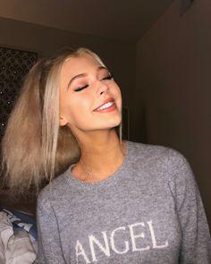 She is so perfect Loren Gray, Grunge Hair, Celebs, Celebrities, Hair Looks, Cute Girls, Pretty Girls, My Hair, Blonde Hair