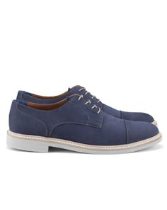 Shop online for wide range of branded casual shoes from leather shoes brands at Majorbrands.in. For more details visit here: http://www.majorbrands.in/brand/cl_2-c_1896/men/footwear.html or call on 1800-102-2285 or email us at estore@majorbrands.in.