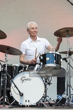 Photo d'actualité : British drummer Charlie Watts performs with his...