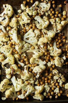 Spicy Roast Cauliflower and Chickpeas // HonestlyYUM
