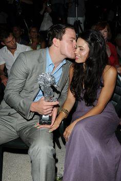 Channing Tatum kissed Jenna Dewan on the cheek