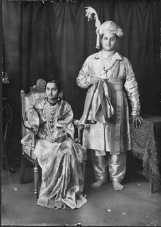 Get Help Planning Your Perfect Wedding Day Ancient Indian History, History Of India, Mysore Palace, Vintage India, Vintage Wear, Royal Indian, Rare Pictures, Rare Photos, Indian Textiles