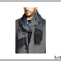 HUGO BOSS écharpe à motif paisley. Très beau motif iranien sur laine par Hugo Boss / Beautiful Iranian pattern on wool by Hugo Boss. 1d1fa