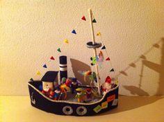 Sinterklaas boot plus pietjes via patronen vrolijke viltvriendjes