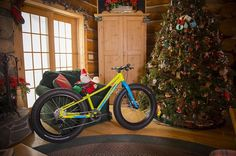Forget partridges in pear trees were kicking off our very own Twelve Days of Christmas song tomorrow to look back on the 2015 race season. Its been a hell of a ride so get your caroling pipes primed and ready for the countdown. by iamspecialized