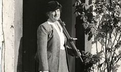 Constance Pearson, artist grandmother of Katherine Holmes, artist too