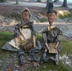Primitive Thanksgiving Pilgrim Dolls