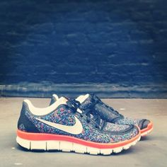 Do you love it? There are more styles for new Nike Air Max at our site. #2014airmaxstores #nikeshoes
