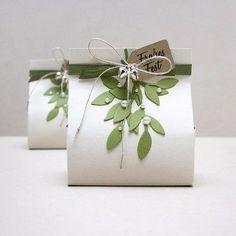 Как сделать подарочный пакет из картона 🎀