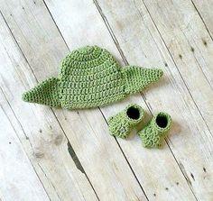 Crochet Baby Yoda Hat Beanie Shoes Slippers Booties Set Star Wars Newborn Infant Photography Photo Prop Handmade Baby Shower Gift