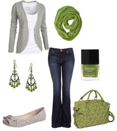 Fall outfit idea. Love the green.