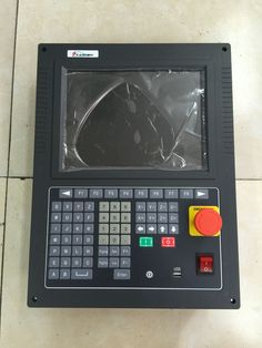SF-2300S CNC Controller Advanced Version of SH/F-2200H For Flame plasma Cutting Machine CNC Controller 10.4'' Screen