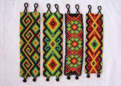 ARTESANIAS ¨¨* KIMZA*¨¨: MANILLAS EN MOSTACILLA Bead Loom Bracelets, Beaded Bracelet Patterns, Peyote Patterns, Friendship Bracelet Patterns, Loom Patterns, Beading Patterns, Beaded Jewelry, Seed Bead Art, Beadwork Designs