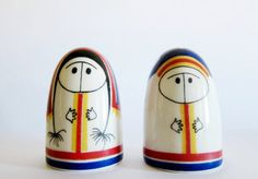 Vintage Arabia Finland Salt and Pepper Shaker Set Eskimos in Original Box