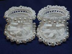 Free Crochet Pattern - Fancy Pearl Baby Booties/Sandals