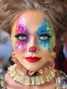 Erstaunliche Halloween Clown Make-up Idee! Erstaunliche Halloween Clown Make-up Idee! Halloween Clown, Creepy Halloween Makeup, Halloween Photos, Halloween Masker, Vintage Halloween, Halloween Costumes, Women Halloween, Halloween Night, Halloween Outfits
