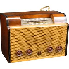 1946 Emerson AM Radio Model 512  www.rubylane.com/shop/extraordinary-radios