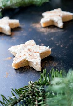 A little extra dusting of nutmeg on top and you have a star of a cookie that tastes exactly like a cup of rich, fragrant nog.