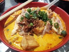 Chicken Laksa... a generous amount of chicken!