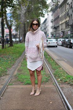 that skirt/jumper combo works. Milan.