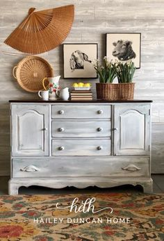 Blended Tones...even two similar colors can create an awesome blended look! Add a bit of dimension and character to your furniture! This was a fun painted furniture DIY! I used 4-5 colors on this piece, playing around with color blending and a faux patina. #paintedfurniture #furnituremakeovers #blendedpaint