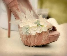 Shoe Clips Ivory & Celadon Sage Pistachio Green Hydrangeas. Little flowers feathers and tulle by sofisticata, http://sofsiticata.etsy.com