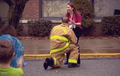 #Firefighter #Proposes to #Teacher During #Fire Drill at #School – This guy has put out quite a few fires over his career as a firefighter, but this time he's lighting a flame that won't be extinguished! As a firefighter, he's faced some pretty scary things – but proposing to a teacher in front of the entire school tops them all!