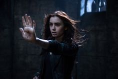 What Separates 'City Of Bones' or 'Divergent' From 'Twilight' or 'Hunger Games'? Simplicity.