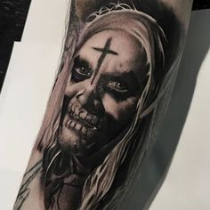 Horror Movie Tattoos, Different Styles Of Tattoos, Halloween Horror Movies, Boy Tattoos, Future Tattoos, Serial Killers, Horror Art, Art Reference, Perspective