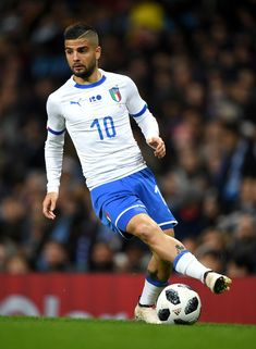 Lorenzo Insigne of Italy during the International Friendly between Argentina and Italy at Etihad Stadium on March 23, 2018 in Manchester, England.