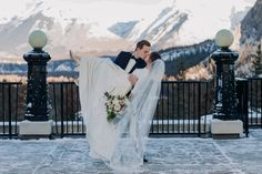 Winterhochzeit im Fairmont Banff Springs, Mt Stephen Hall Surprise Corner – Winter And New Year Wedding Set Up, Elope Wedding, Wedding Poses, Wedding Groom, Elopement Wedding, Wedding Ideas, Wedding Vintage, Wedding Menu, Wedding Pictures