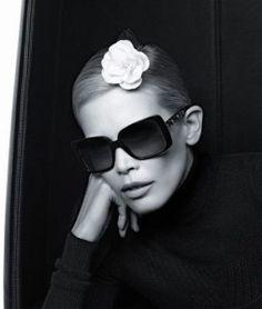 Claudia pour Chanel eyewear Lunettes Chanel, Choisir Ses Lunettes, Bijoux,  Robe, Couture 3eacb580c629