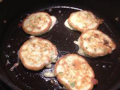 Zucchini, Feta & Mint Fritters - Tick of Yum Thermomix Patties Recipe, Easy Salads, Frittata, Main Meals, Feta, Zucchini, Pancakes, Vegetarian, Mint