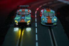 Lit_and_Non-Lit_Porsche_n_Mercedes_Gulf00021.jpg