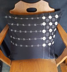 This one-of-a-kind pillow cover is adorned with vintage mother of pearl buttons. The stitching is done by hand using DMC cotton thread. Mother Of Pearl Buttons, Cotton Thread, Pillow Covers, Stitching, Trending Outfits, Etsy Seller, Unique Jewelry, Handmade Gifts, Pillows