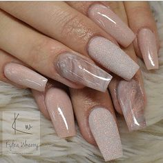 On average, the finger nails grow from 3 to millimeters per month. If it is difficult to change their growth rate, however, it is possible to cheat on their appearance and length through false nails. Marble Nail Designs, Acrylic Nail Designs, Nail Art Designs, Nails Design, Neutral Nail Designs, Gel Nail Polish Designs, Nude Nails, Pink Nails, My Nails