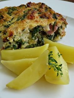 Easter Recipes, Snack Recipes, Snacks, Czech Recipes, Ethnic Recipes, Spanakopita, Quiche, Baking, Breakfast