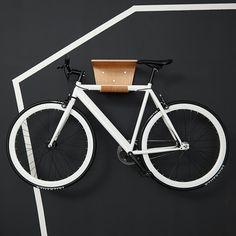 Ganz schön chic: Fahrradwandhalter.