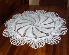 Magic Spin Doily by MomDaughterCraft on Etsy, €17.00