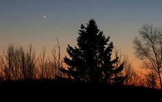You couldn't miss Mercury and Venus together last night January 9th 45 minutes after sunset in the southwestern sky. Very easy to see! They'll be even closer tonight. (Credit: Bob King)